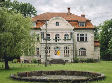 Pałac Thetschlów w Jaszczurowej